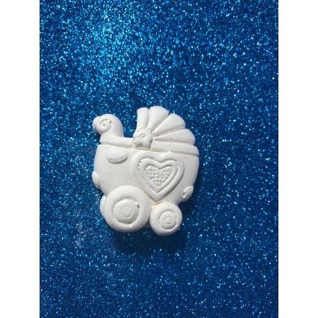 Carrozzina con cuore gesso ceramico profumato per fai da te