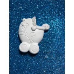 Carrozzina shabby in gesso ceramico profumato