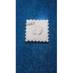 Piedini bimbo in quadretto con fiorellini in gesso ceramico profumato