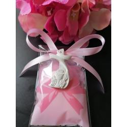 Bustina fiocco rosa porta confetti con gessetto profumato