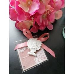 Bustina con merletto rosa antico porta confetti con gessetto profumato