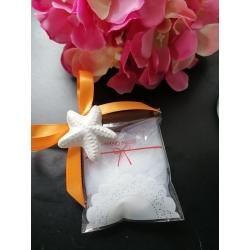 Bustina con merletto porta confetti con gessetto profumato