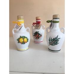 Linea Gourmet : bottiglia olio di oliva , piccante o al limone